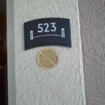 Habitacion del 2do piso cercana al estacionamiento