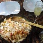 Camarones salteados con salmón y Pusco Sour...Cena de lujo! Gracias Rodrigo :)