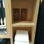 mobili vecchi e prodotti aperti