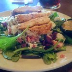 Spinach salad with grilled chicken - delicious!