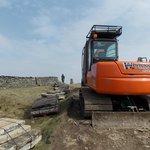 Pen-y-Ghent : 31 March 2014 : Excavator