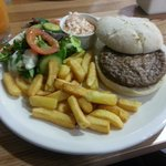 Hampton Gatwick burger
