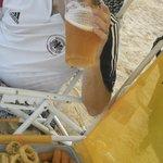 picada de fritos y cerveza