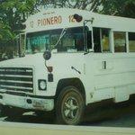 Tipico autobus de playa del carmen