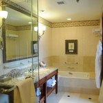 Fabulous bathroom!