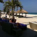Bar e praia do hotel
