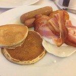 Uno de los muchos platos del desayuno