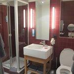Чистная ванная комната