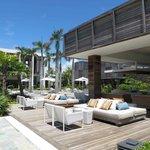 Shores Lounge/Bar
