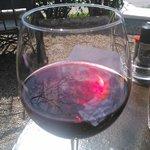Un bon petit vin local