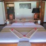 Geräumiges Zimmer mit viel Abstellflächen rundherum