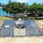 実習船えひめ丸の慰霊碑。日本人として本当に悲しい事故でした。