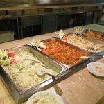 pratos no restaurante Agdá