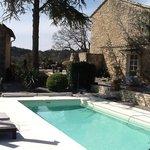 piscine cote maison