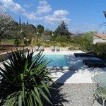 piscine et terrasse est sud