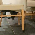 dessous de chaises