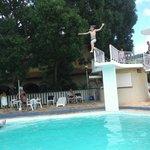 tranpolim piscina