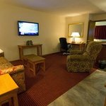 Living area in our spacious 2 room suites at Shepherd Mountain Inn