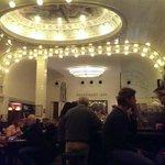 Cafe Paris von einem der Fensterplätze