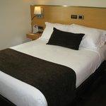 Room w/ double