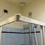 dettaglio delle originali finiture Vintage della doccia