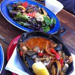 Roasted vegetable salad and clams - mussels