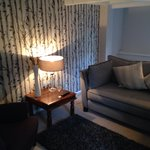 Crabapple lounge suite