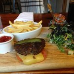 burger and chips with salad minus the bun
