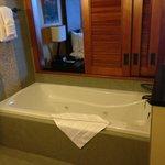 tub area - 1 bedroom villa