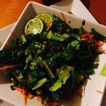 Esto es lo q te ofrecen por ensalada de carrucho. Nada de Scaramouch  This is conch salad. Let
