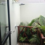 Outdoor Private Shower - Vllas
