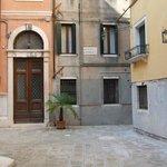 Courtyard entry to Locando Orseolo