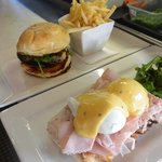 Eggs Benedict, Premium Beef Burger