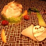 Merlu de ligne, purée de brocolis, chèvre frais au poivre des cimes