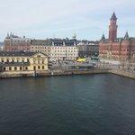 Utsikten från vårat dubbelrum deluxe med havsutsikt :)