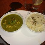 Malabar green chicken curry