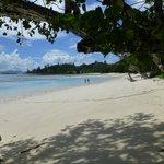 Strand vor dem Bungalow