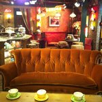 Central Perk Cafe set of FRIENDS
