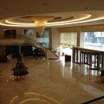 Foto de Grand Metropark Qihui Hotel Shandong