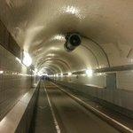 Visão de dentro do túnel