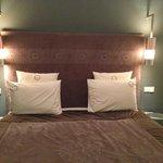 Le grand lit de notre chambre