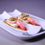 Crevettes royales à la vapeur sur lit de tofu