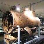Primitive submarine