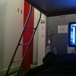Pod 39; mini-bunk room