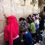 Donne in preghiera