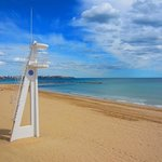 Alicante beach and lifeguard tower