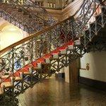 Escadarias do Palacete.