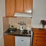 Kitchenette with basics provided