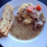 Le plat du brunch: Blanquette de veau et polenta au romarin
