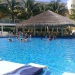 Adult pool swim up bar.